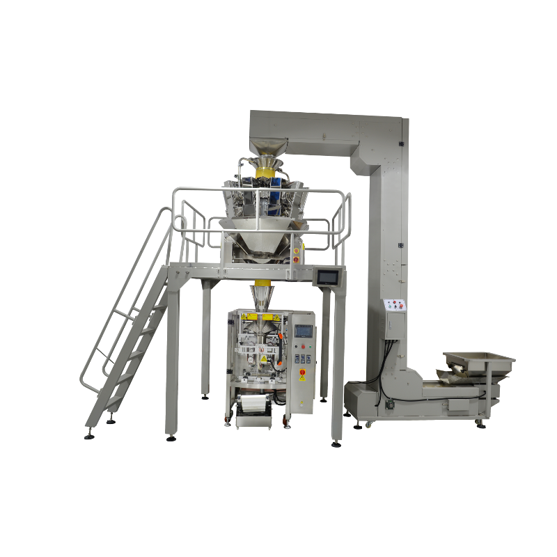Automatic bagging machine for solid products